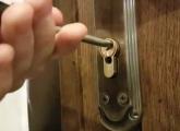 საკეტების შეკეთება, ჩაკეტილი კარის გაღება