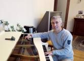 ავეჯის რესტავრაცია პიანინო როიალი